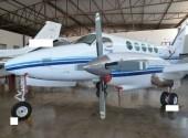 KING AIR B - 100